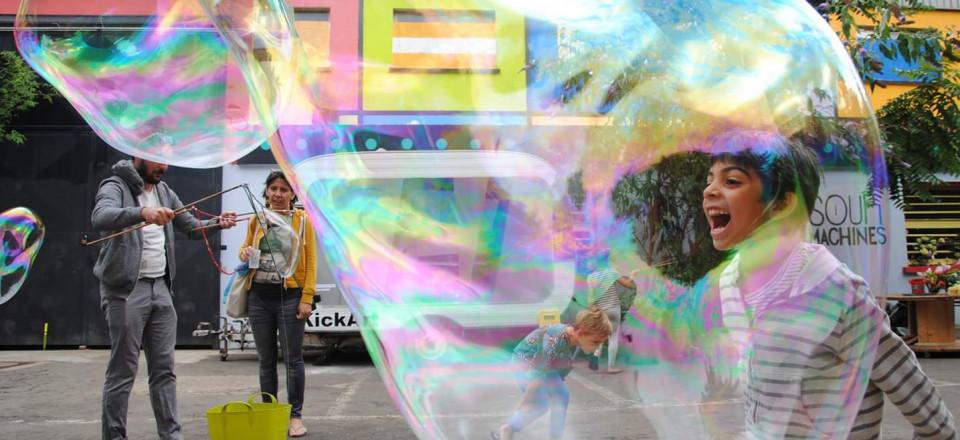 cri dans la bulle