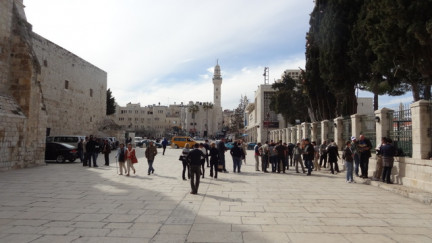 Des bulles des deux côtés de Jérusalem et à Bethléem
